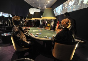 spy holiday casino