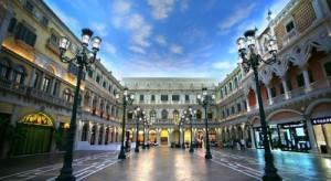 Venetian-Macao-hotel-resort-street